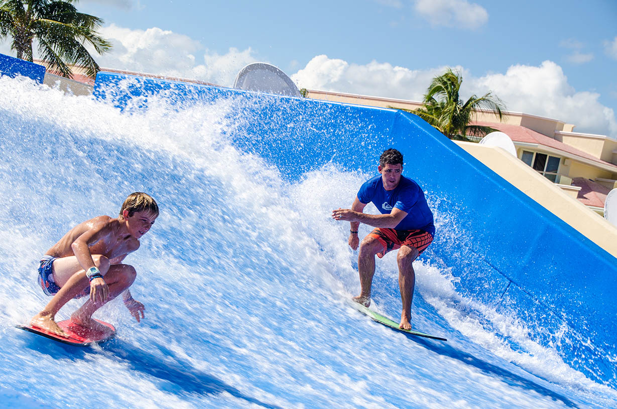 MOON PALACE GOLF & SPA RESORTS PRESENTA EL FLOWRIDER DOUBLE