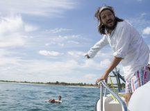 """Chivas y Canana Presentan: """"Drifting"""" Un cortometraje de Diego Luna."""