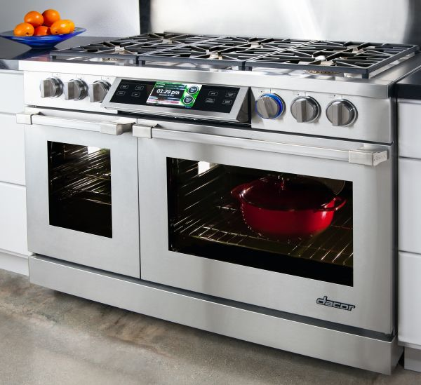 Dacor unveils the world 39 s first smart professional cooking for Dacor 48 range