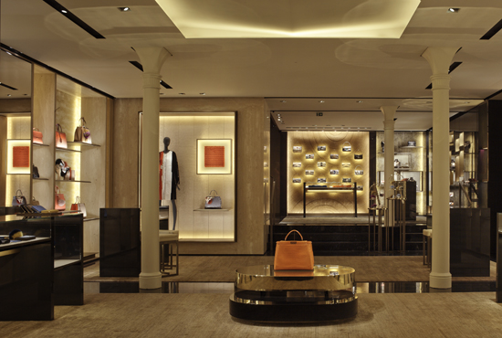 V.COM_FENDI_StoreMunich_1st_Floor_Global_View