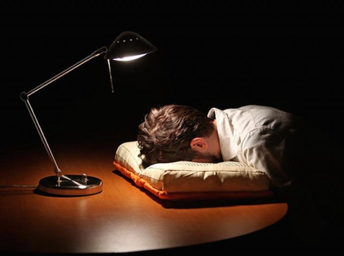 Olde-Book-Pillow-Classics