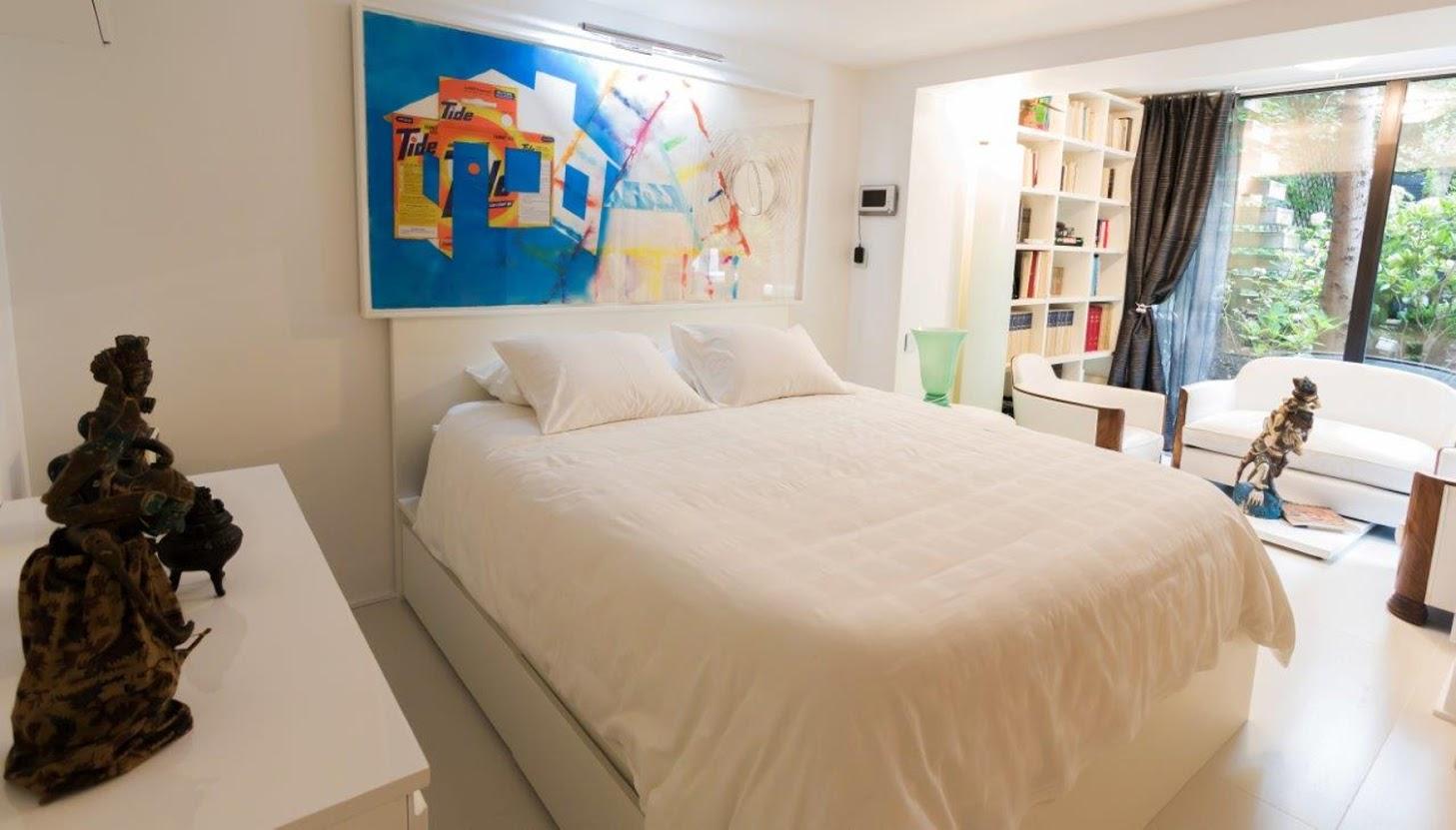 Copy of Alesia Art Chic_Bedroom 2