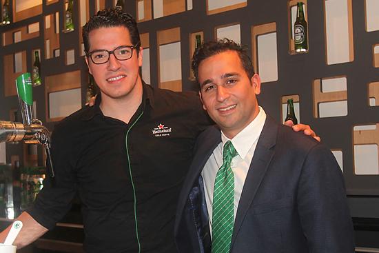Heli Tella, Master Draught de Heineken y Arjan Shahani, Gerente de Heineken en México
