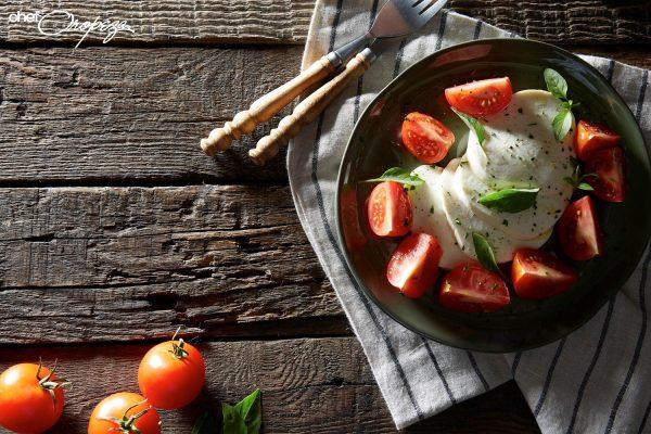 Ensalada capresse de tomates mixtos 1