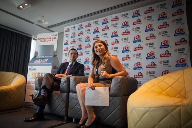 Georgina Rodríguez (PepsiCo) y Emeriel Gleason (Fund. Dejando Huella)